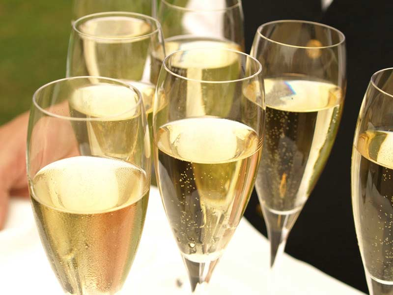 The Bubbly Brilliance of Prosecco
